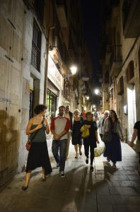 An evening tapas tour in the streets of Barcelona
